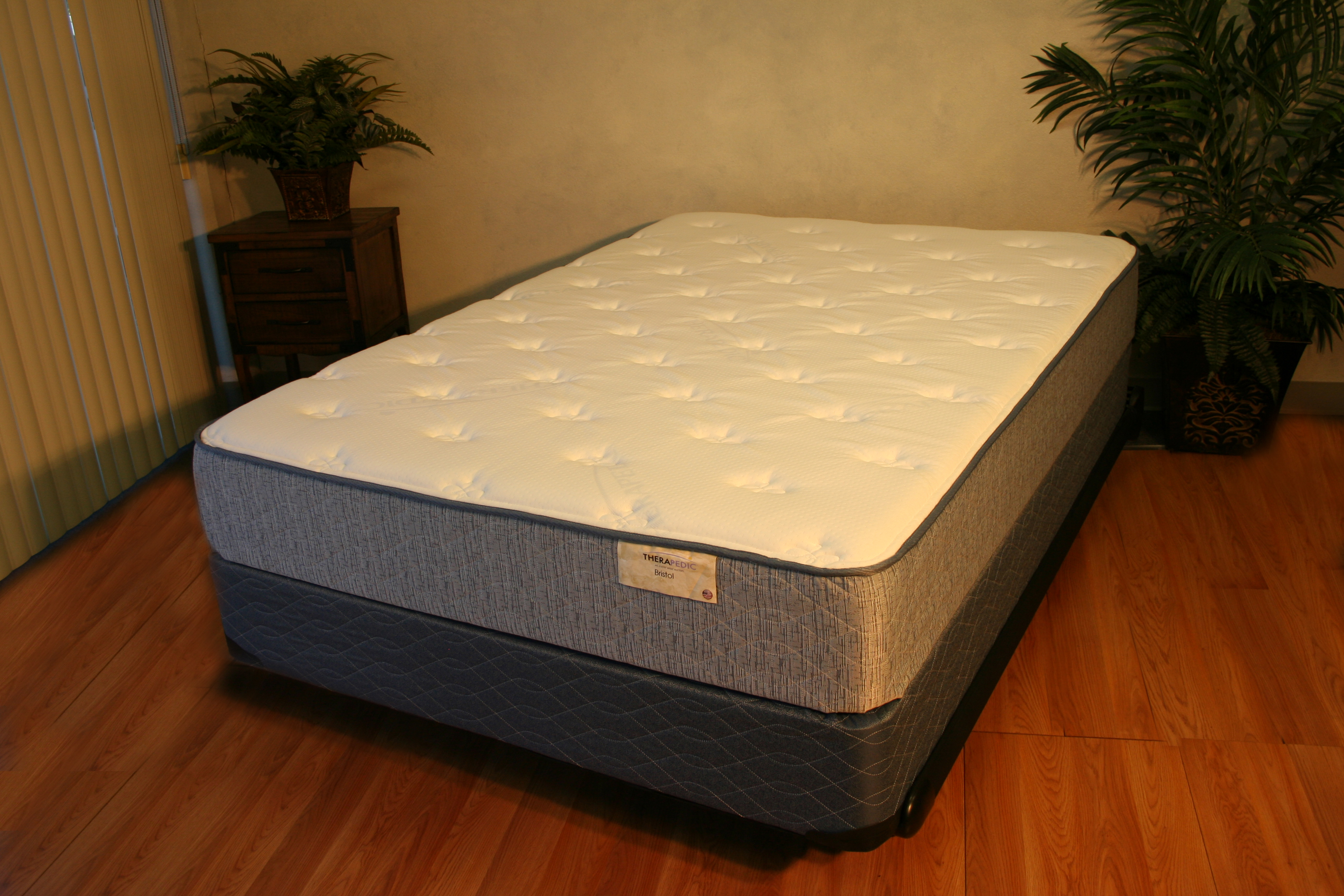 Emerald Pillow Top 805 Mattresses